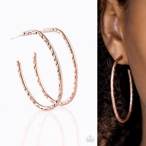 Slim Hammered Hoops